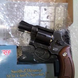 Revolver-M36-Mimis-Hitam1-300x300